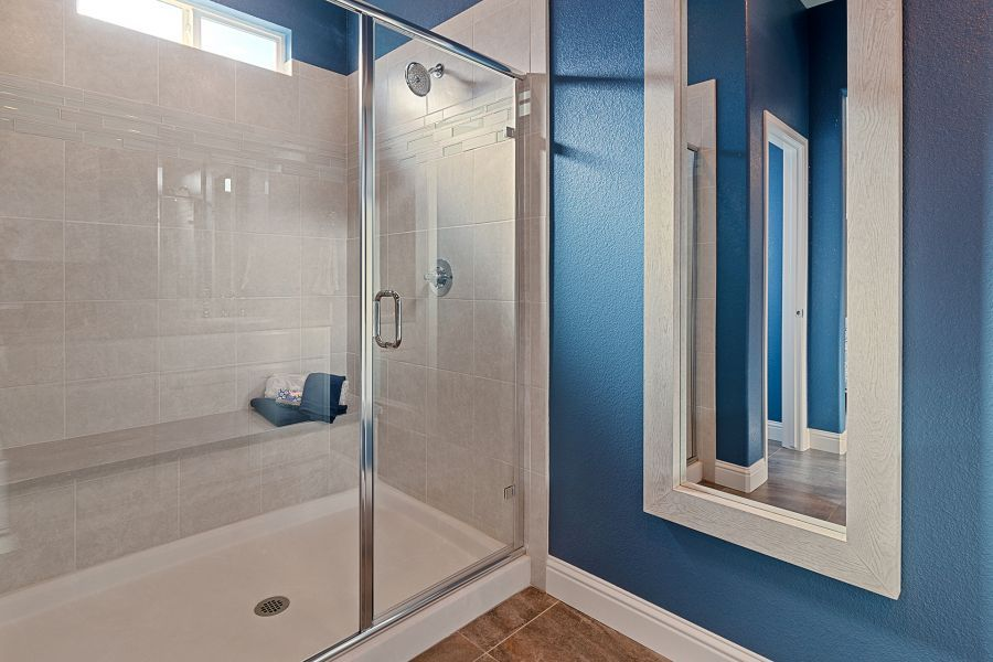 Oversized shower with seat