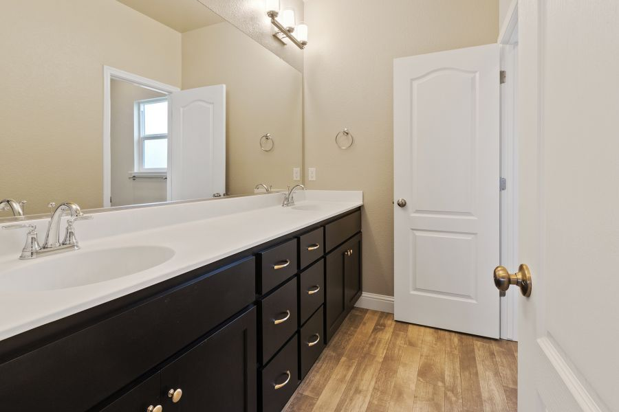 Secondary Bath with Dual Vanity Sinks