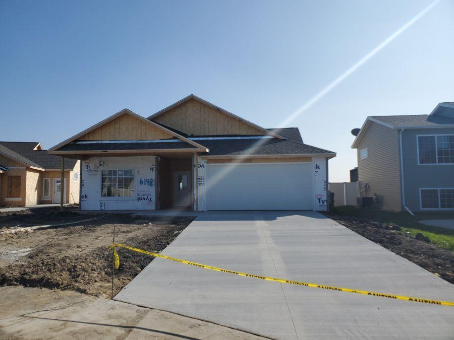6148 Bennett Court S, Fargo, ND