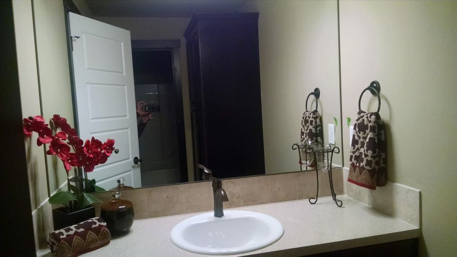 Pilchuck 3591 Main Bathroom