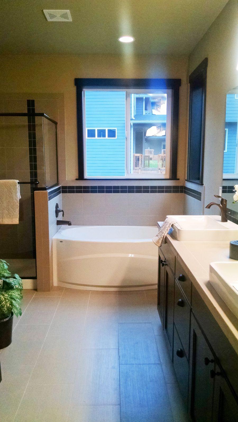 Pilchuck 3591 Master Bathroom 2