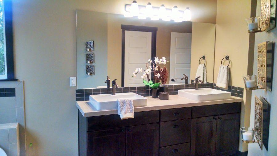 Pilchuck 3591 Master Bathroom