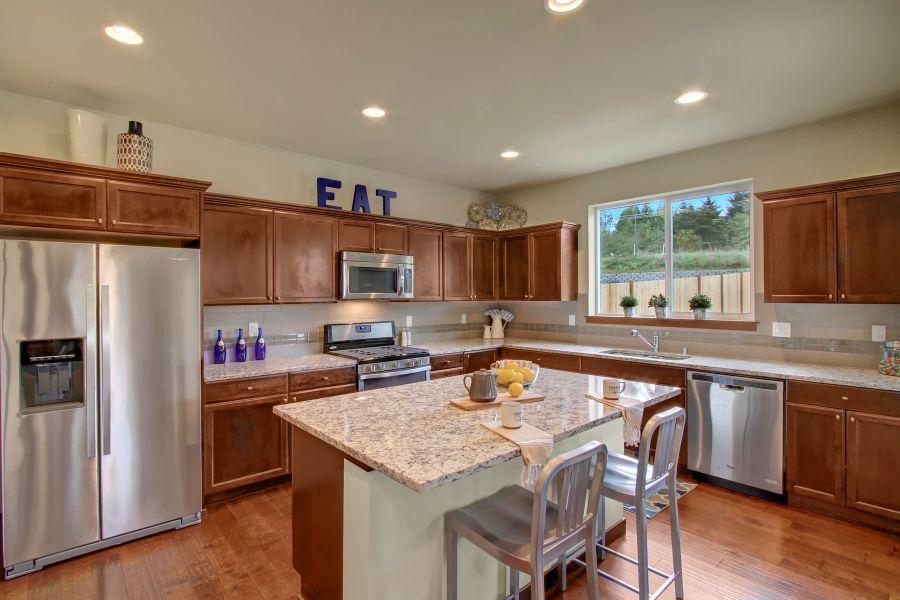 The Poplar 2305 Kitchen
